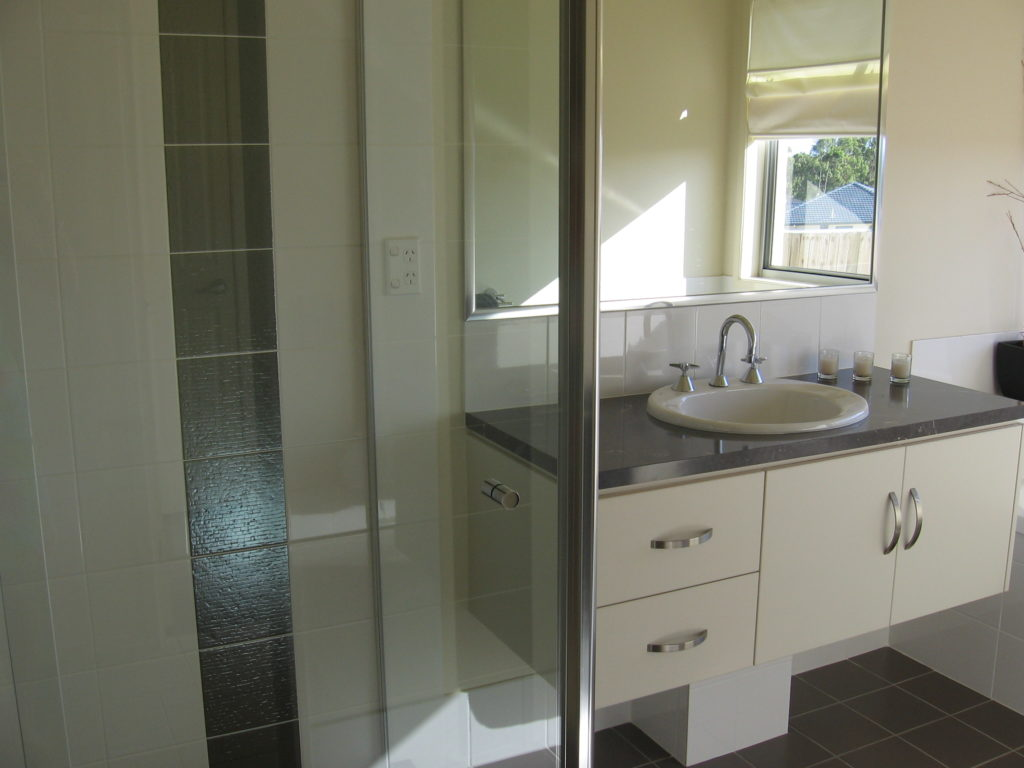 Best bathroom renovations on the gold coast for Best bathroom renovations